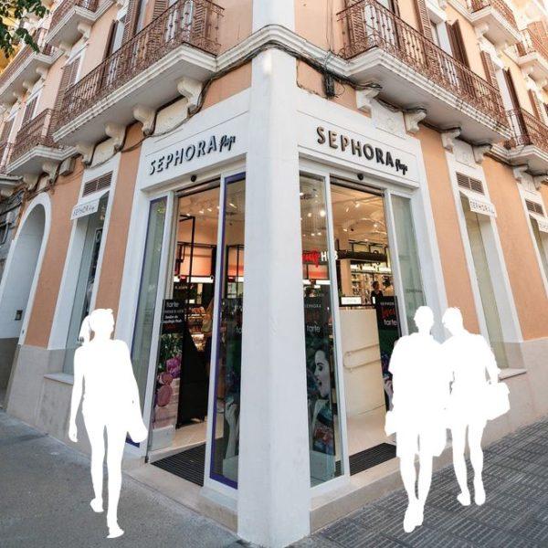 elle-tienda-sephora-ibiza-1-personas